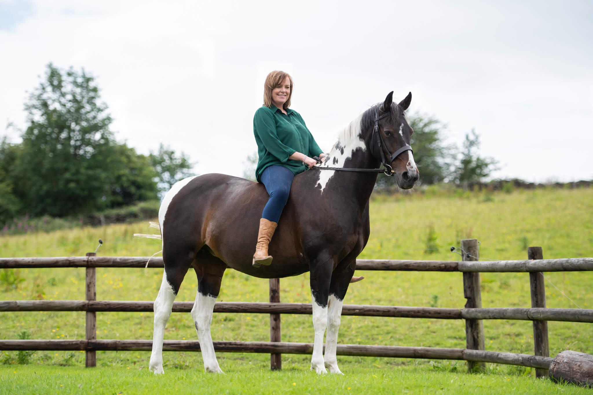Coloured-Horse-Bareback