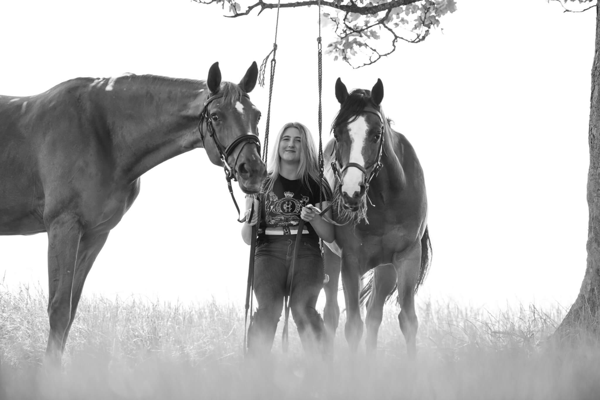 Horse-Swing-Photoshoot