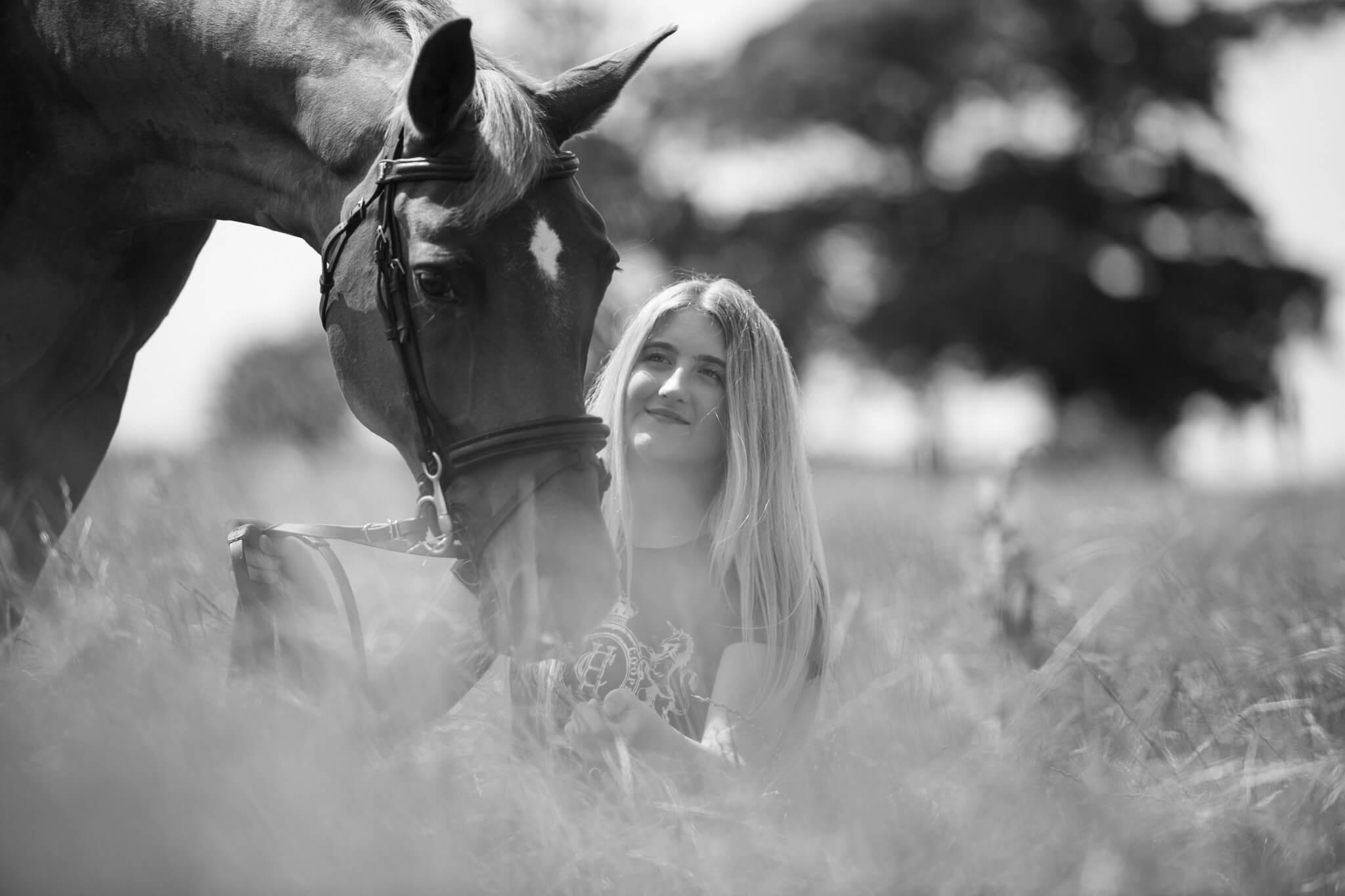 Horse-Girl-Bond