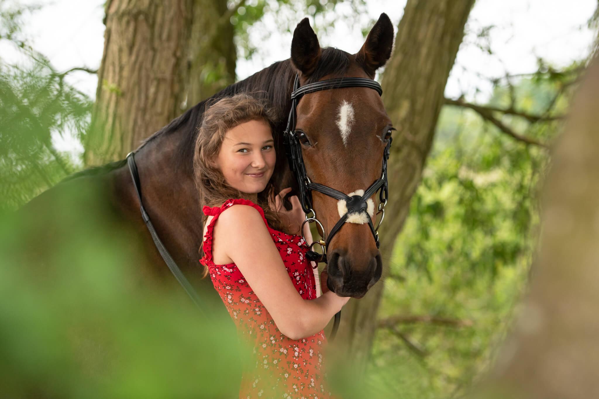 Girl-Pony-Photoshoot